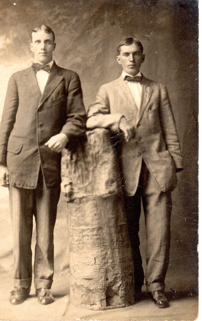 Ukn Two Men in Bowties249