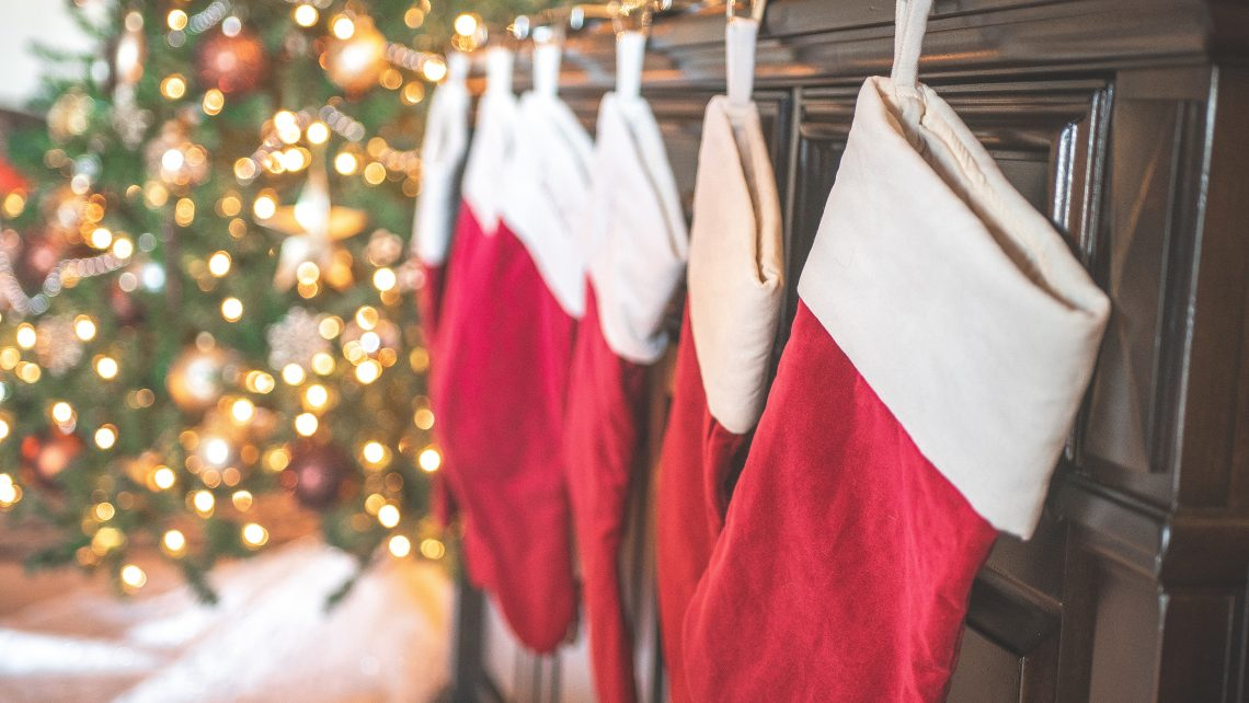 Have a family historian on your Christmas gift list? No problem! Use this list of genealogy themed stocking stuffer ideas.