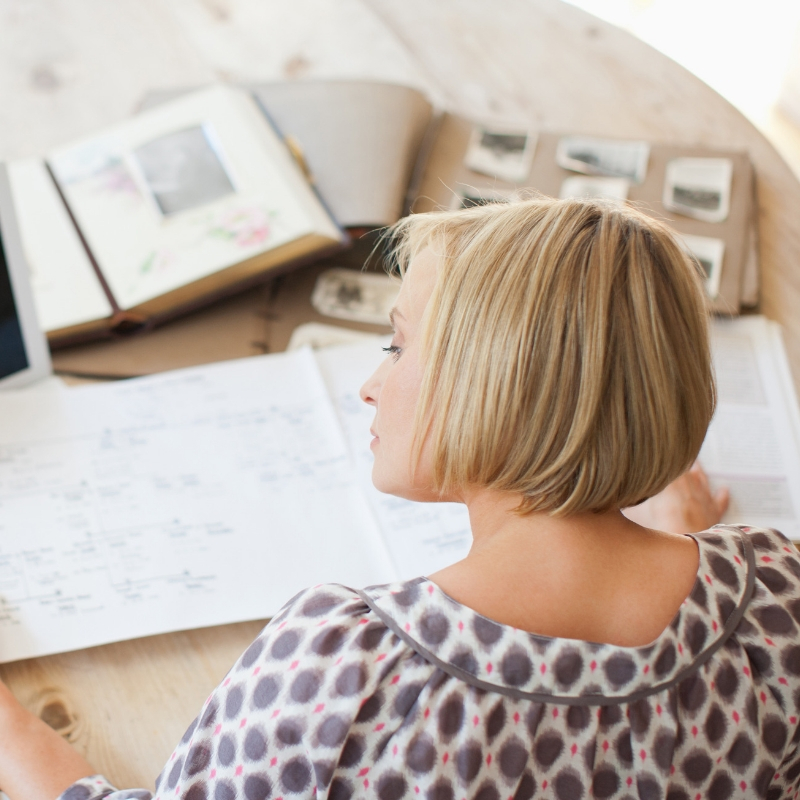 A list of free genealogy websites to find your UK ancestors. Save money while researching genealogy the frugal way. #genealogy #free #familyhistory